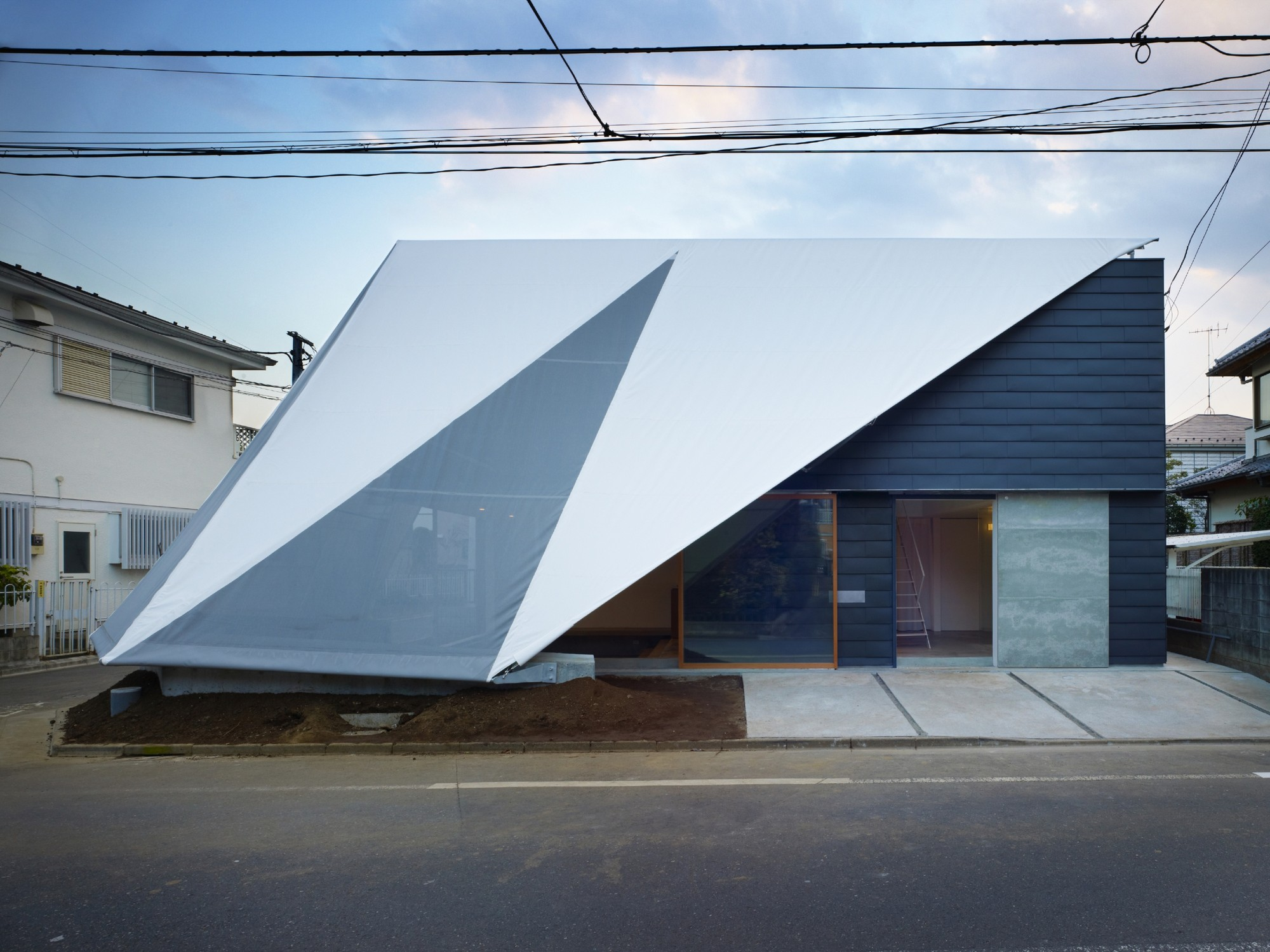 Casa en Kodaira / Suppose Design Office, © Toshiyuki Yano