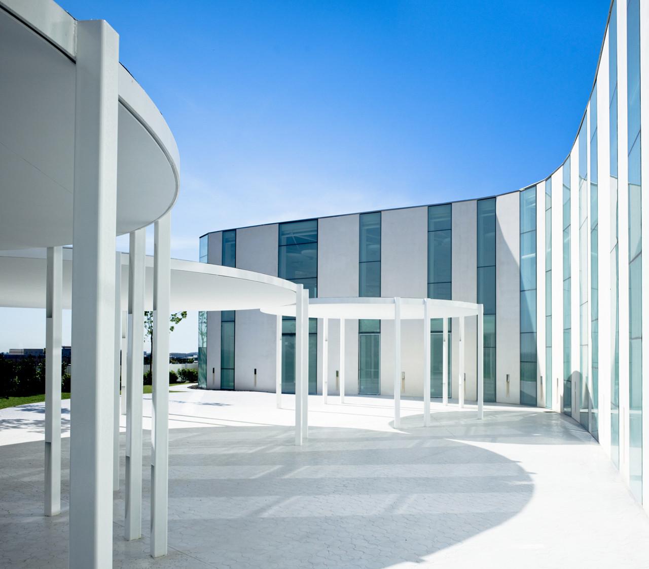 Centro de Convenciones Myrtus / Ramon Esteve, Courtesy of Ramon Esteve