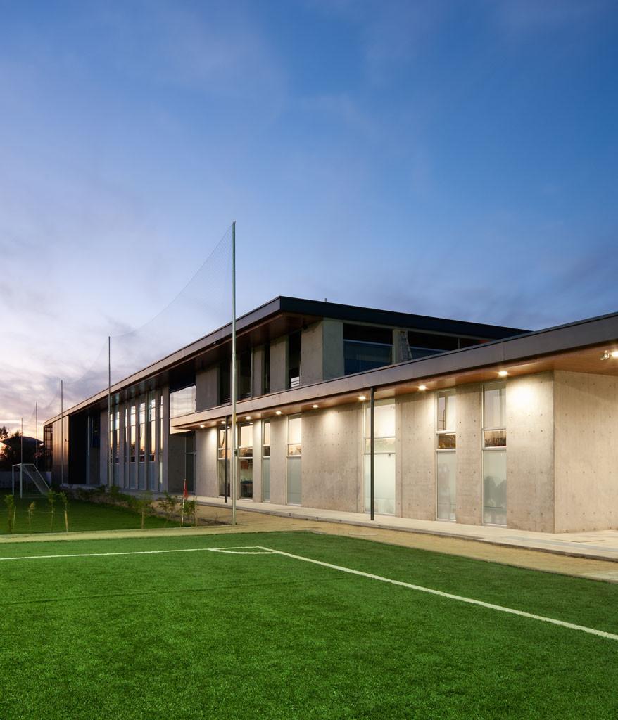 Club deportivo universidad de chile plan arquitectos for Universidades que ofrecen arquitectura