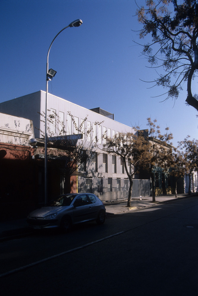 Edificio de Oficinas Herrera / BLANCA   + Raúl Salinas Godoy, © Rodolfo Cañas Faúndez