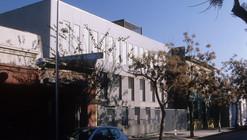 Edificio de Oficinas Herrera / BLANCA   + Raúl Salinas Godoy