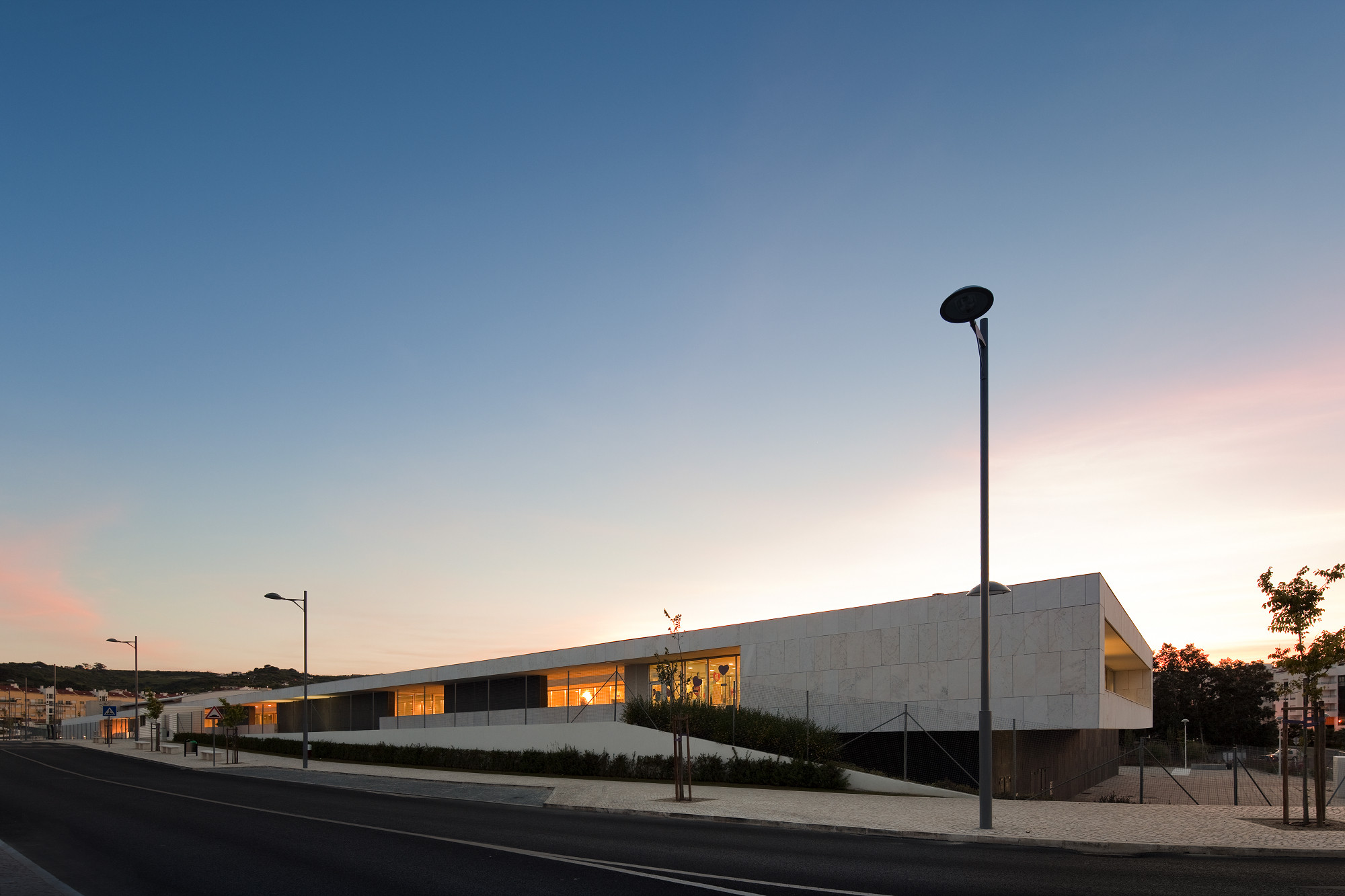 Centro educacional Paredes / André Espinho – Arquitectura, © FG+SG – Fernando Guerra, Sergio Guerra