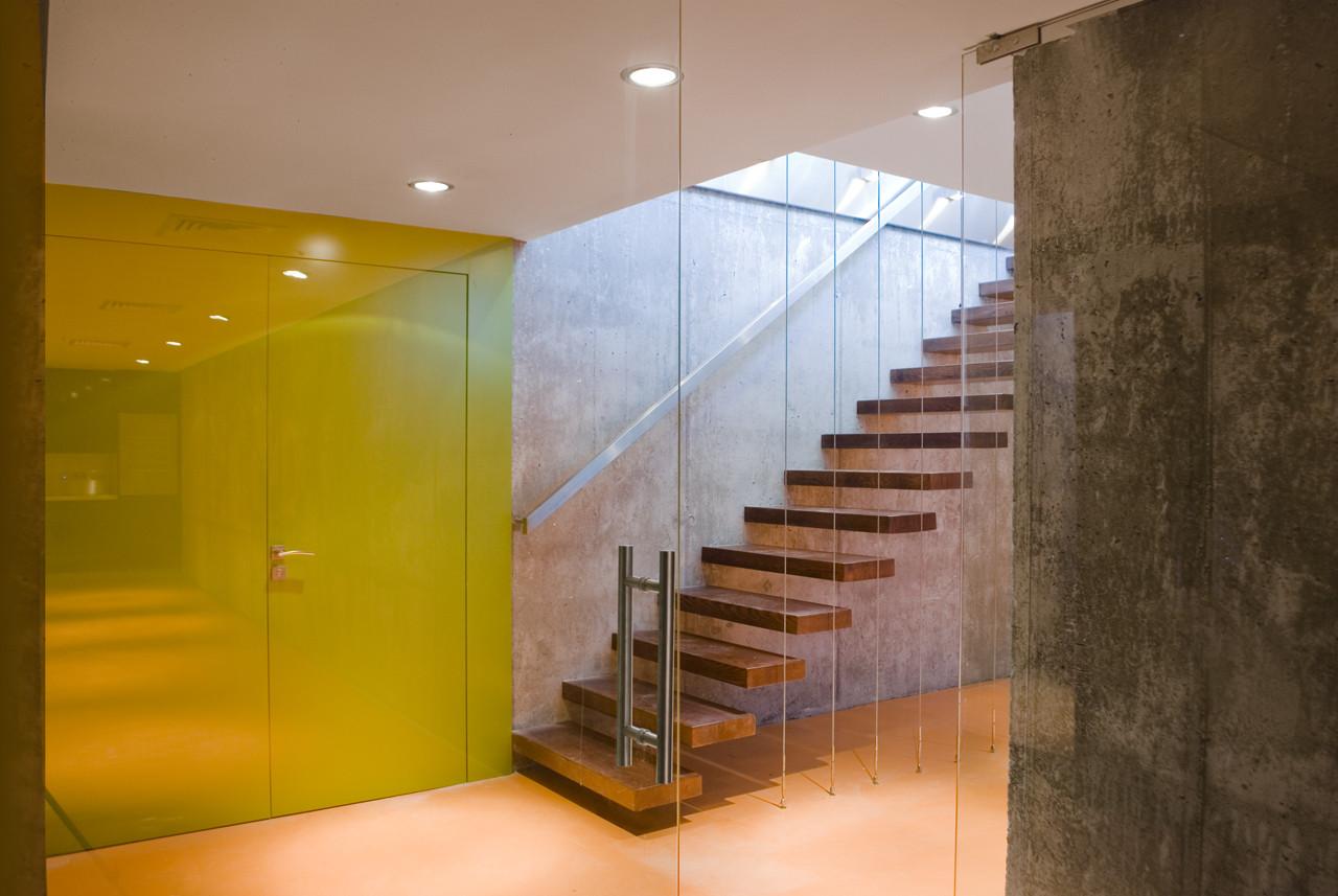 Galería de Casa en el Cerro / Miguel Barahona + PYF Arquitectura - 30