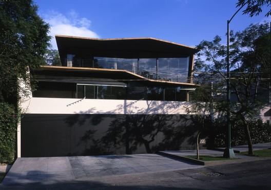 Casa Alpes / Garduño Arquitectos