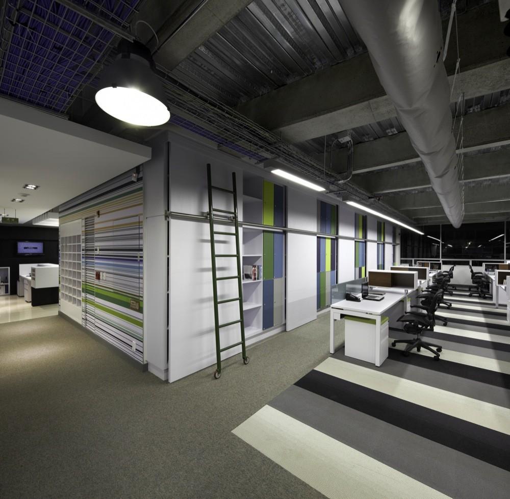 Galer a de oficinas aei aei arquitectura e interiores 8 for Arquitectura de oficinas