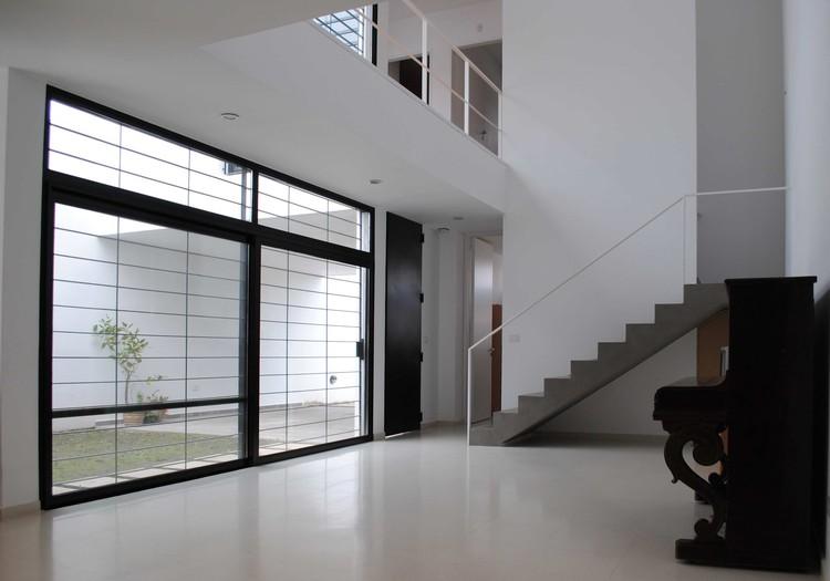 Casa dorrego ballesteros arquitectos plataforma - Amutio y bernal arquitectos ...