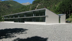 Centro Educación Primaria La Vall Fosca / Soldevila Arquitectos