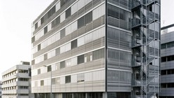 Oficinas Neopharm / Shilo Benaroya Architecture Office