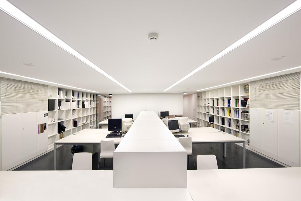 Local comercial para despacho de arquitectos bm sr29 for Spaces architecture studio delhi