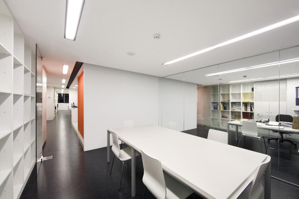 Galer a de local comercial para despacho de arquitectos for Despacho arquitectura