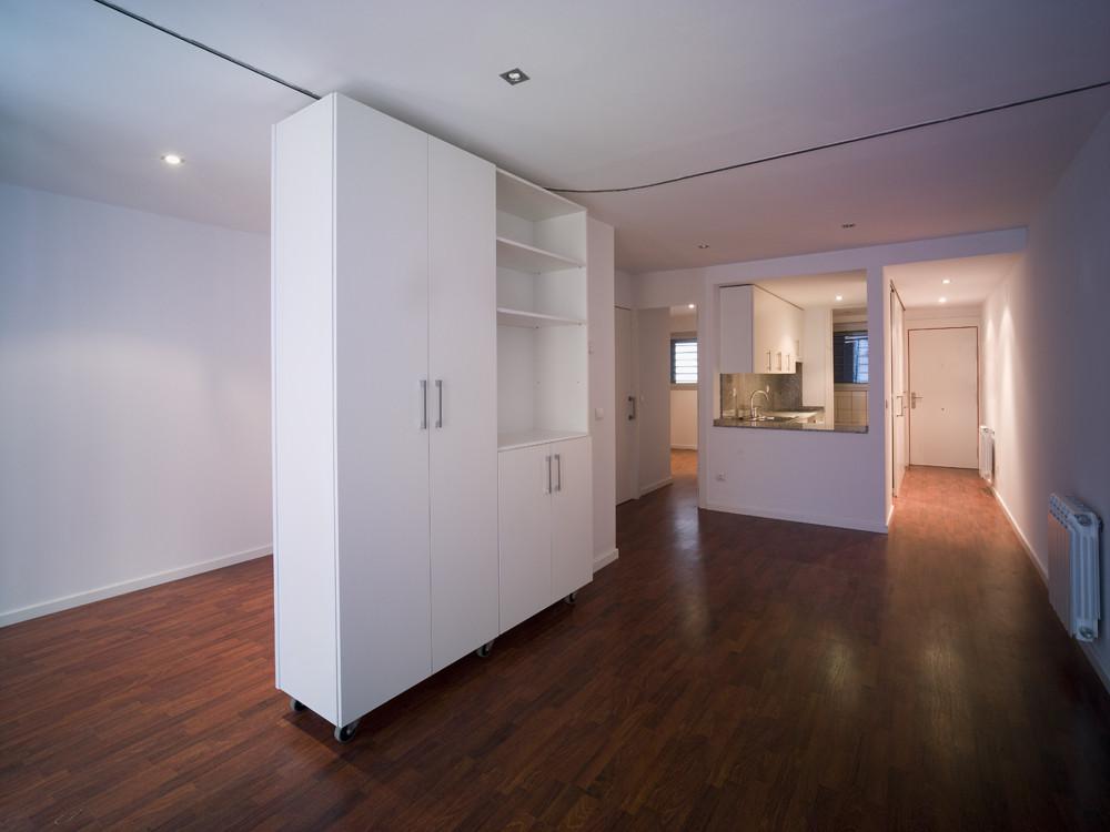 Galer a de 19 viviendas de alquiler para j venes en el centro hist rico p mpols arquitecte 23 - Tabiques moviles vivienda ...