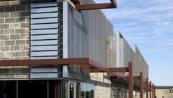 Centro Comercial Monarch West / Randy Brown
