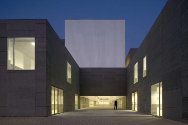 Facultad de Ciencias Sociales y Empresariales de la Universidad de Málaga / Luis Machuca & Asociados, © Duccio Malagamba