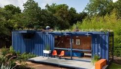 Casa-Container para invitados / Poteet Architects