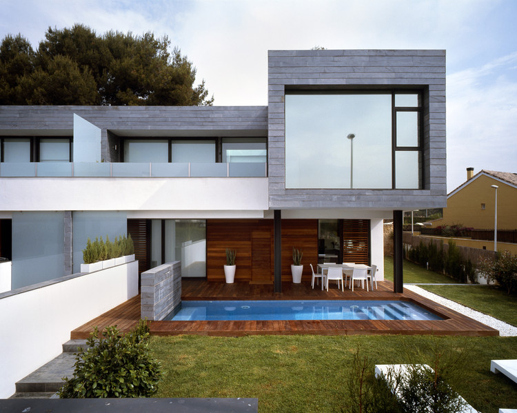 6 Casas geminadas + 1 Casa Isolada em Rocafort / Antonio Altarriba Comes, © Diego Opazo
