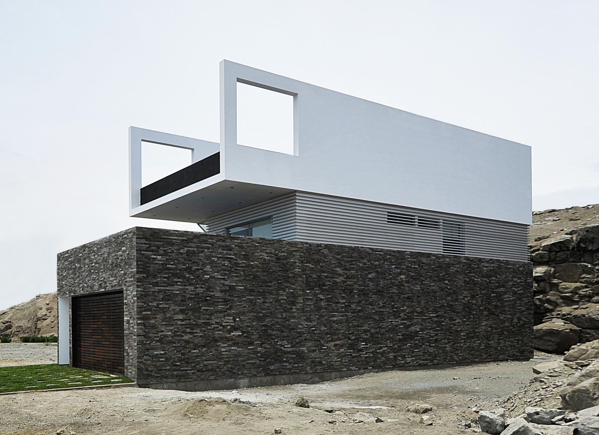 Casa en  Las Palmeras / Artadi Arquitectos, © Elsa Ramirez