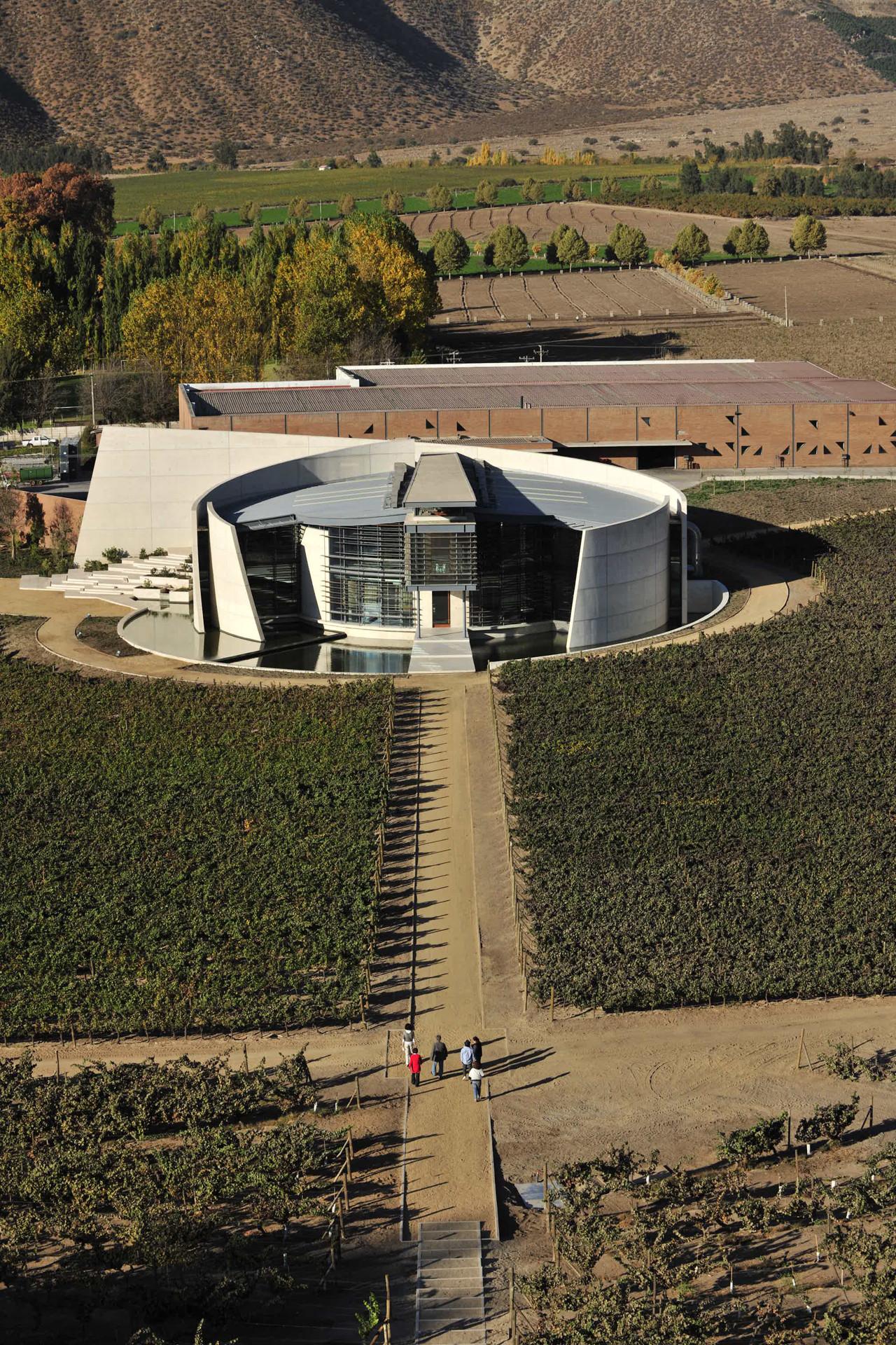 Bodega Icono Viña Errazuriz / Claro Arquitectos, © Jorge Guy Wenborne Huyghe