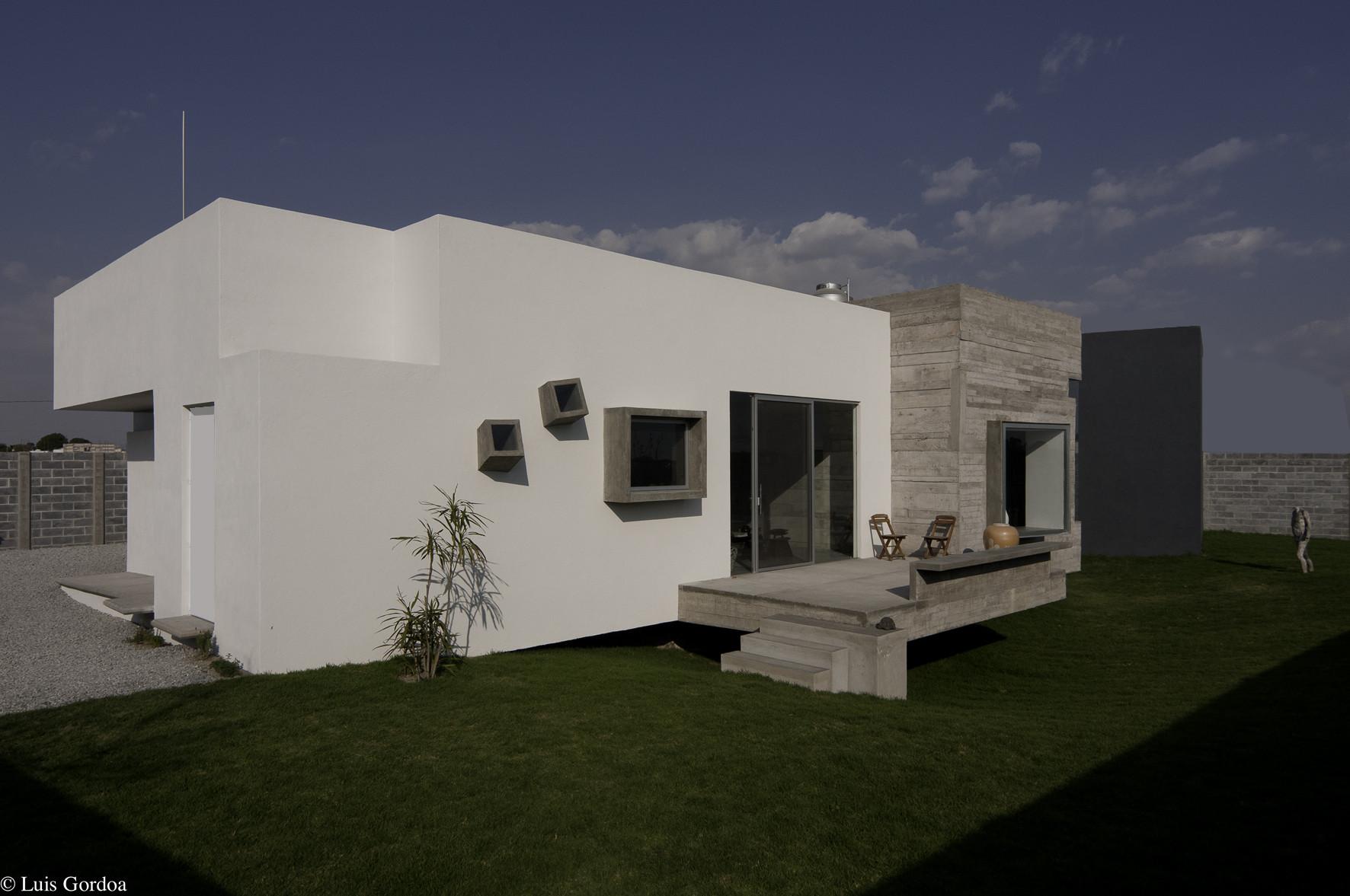 Casa para dos Artistas / m+n arquitectos + Patricia Perera, © Luis Gordoa