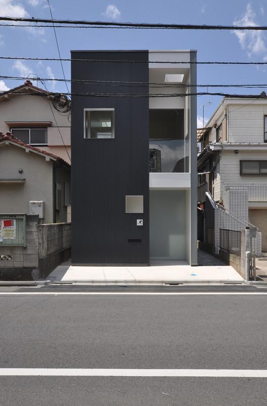 © Takeshi Komada