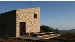 Refugio en La Vall de Laguar / Enproyecto Arquitectura