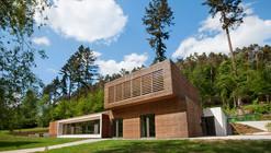 Albergue en Larochette / Metaform Architects