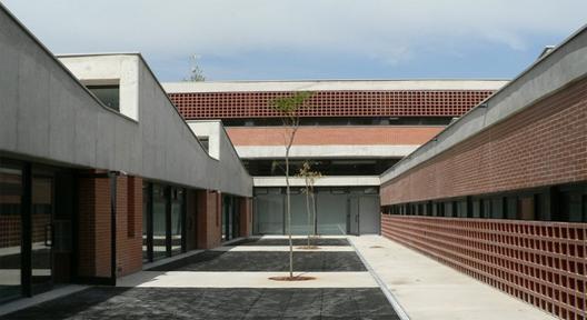 Beato Jacinto Castañeda Education Center / Fernández Soler Monrabal Arquitectos, © Carlos Soler Monrabal
