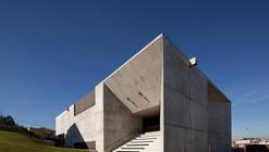 Centro Social en Brufe / Imago