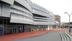 Edificio Mercado Municipal y Espacio Público Rubí / MiAS Arquitectes