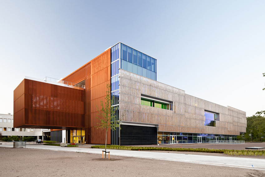 Nueva sede de PGGM / Mateo Arquitectura, © Adrià Goula