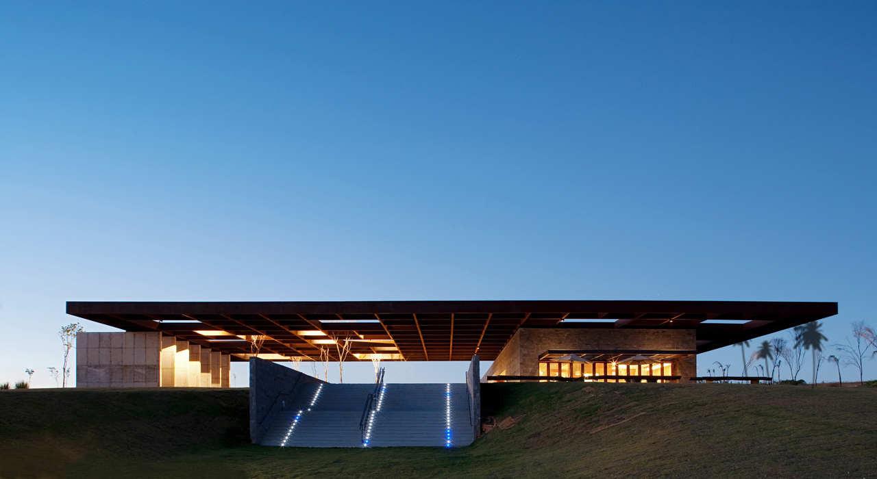 Centro de Bienvenida / Rocco Design Architects  + Vidal y Asociados Arquitectos, © Rocco Design Architects+ Vidal y Asociados Arquitectos