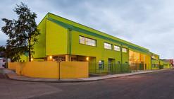 Reposición Escuela Básica de Quemchi / Crisosto Arquitectos Consultores