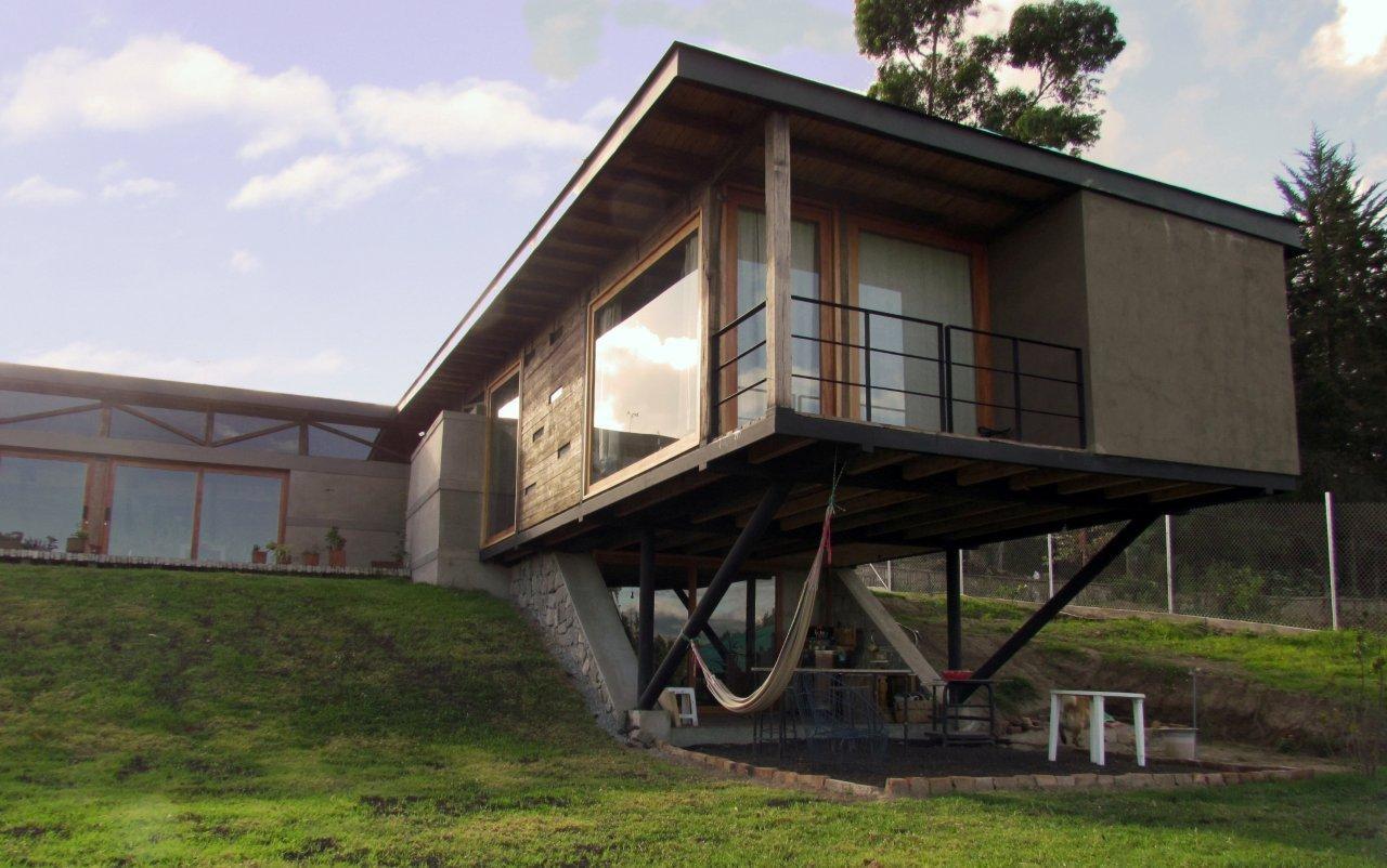 Casa en Puembo / SCARQ, © Sebastián Corral