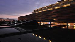 Hotel do Deserto / Estudio Larraín
