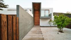 Casa 3 Elementos / Tomás Swett