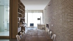 Loft en Poble Nou / YLAB arquitectos
