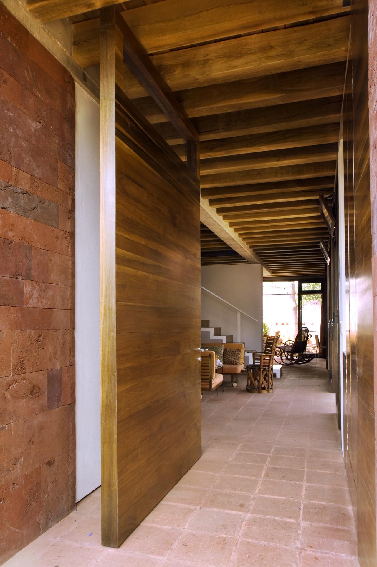Galer a de casa estudio oaxaca taller de arquitectura for Casa estudio arquitectura