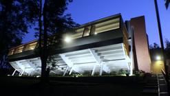 Gimnasio del Colegio Colombo Británico / Juan Felipe Cadavid + Jorge Alberto Dávila