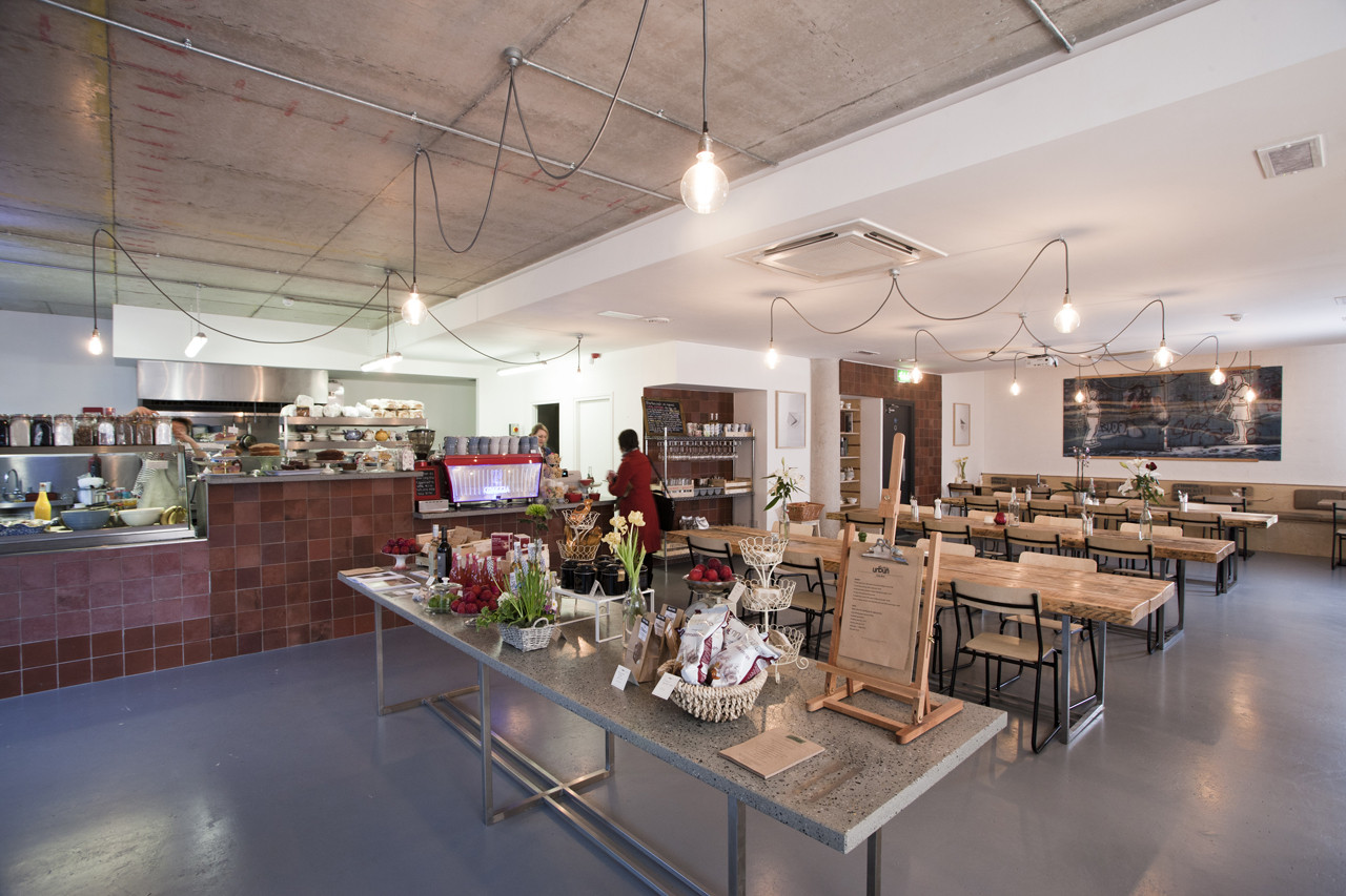 Urbun Café / abgc architects, © seanandyvette photography