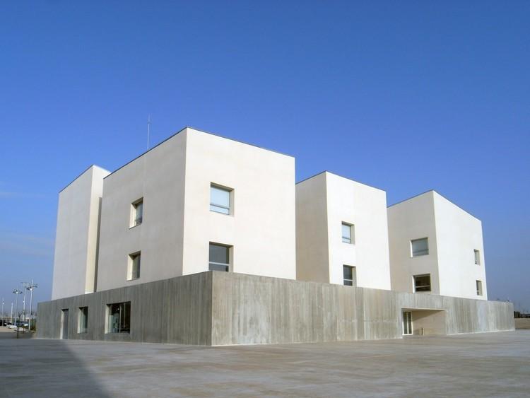 Edificio de Rectorado de la Universidad San Jorge / Taller Básico de Arquitectura, © Xabier Ilundain Madurga, Taller Básico de Arquitectura