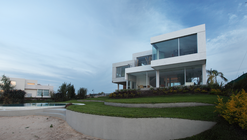 Casa del Cabo / Andrés Remy Arquitectos