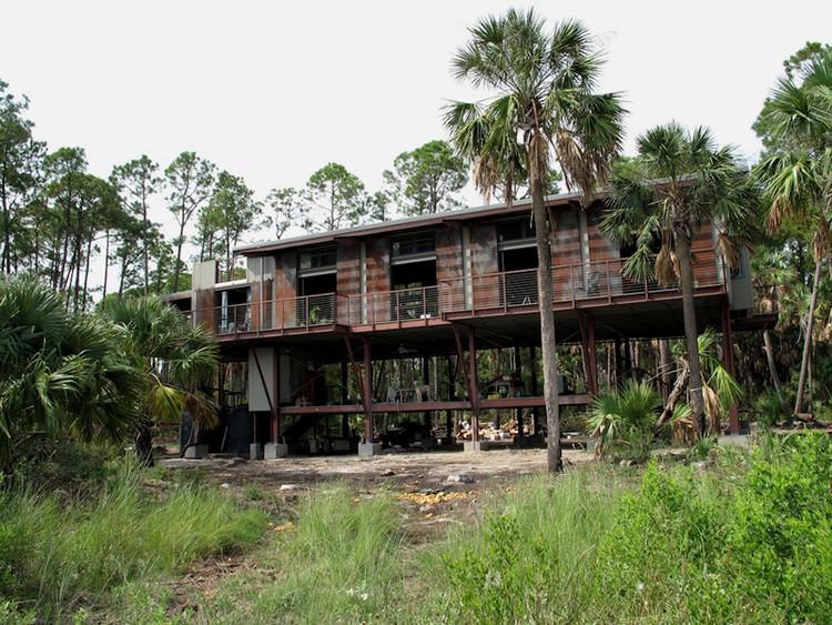 Cabaña en Cusabo Island / Woollen Studio, Cortesía de Woollen Studio