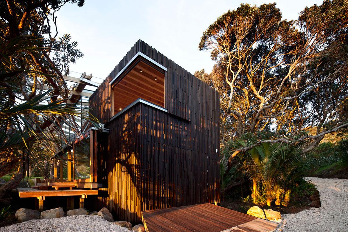 Casa Bajo Pohutukawa / Herbstarchitects, © Patrick Reynolds