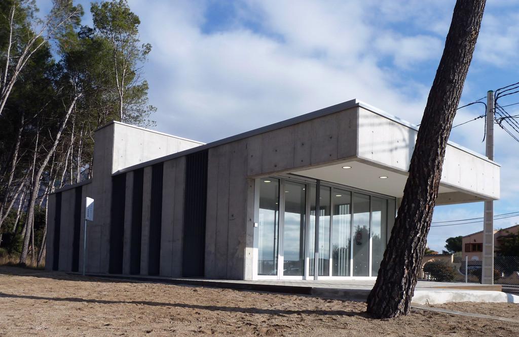 Edificio polivalente - El Bruc Residencial / SP25, © David Oliva + Elisenda Planas