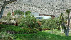 Casa VLL / Llosa Cortegana Arquitectos
