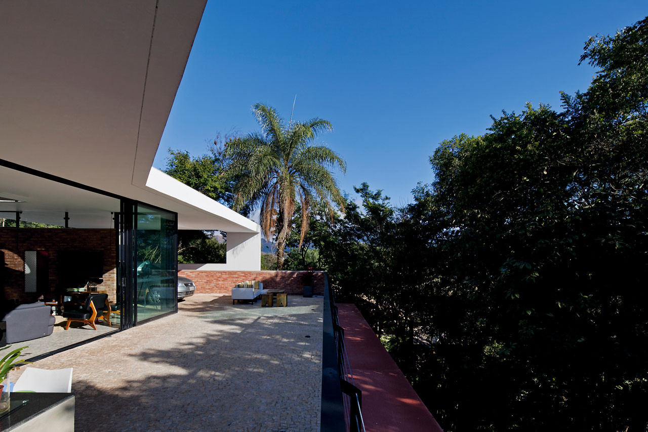 Casa Vale Das Araras / Arquitetos Associados, © Leonardo Finotti