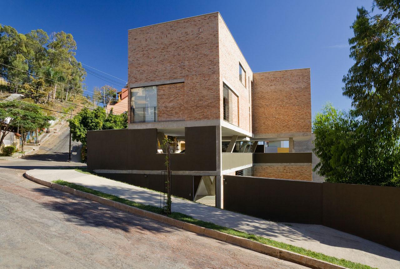 Studio Terra240 / Arquitetos Associados, © Eduardo Eckenfels