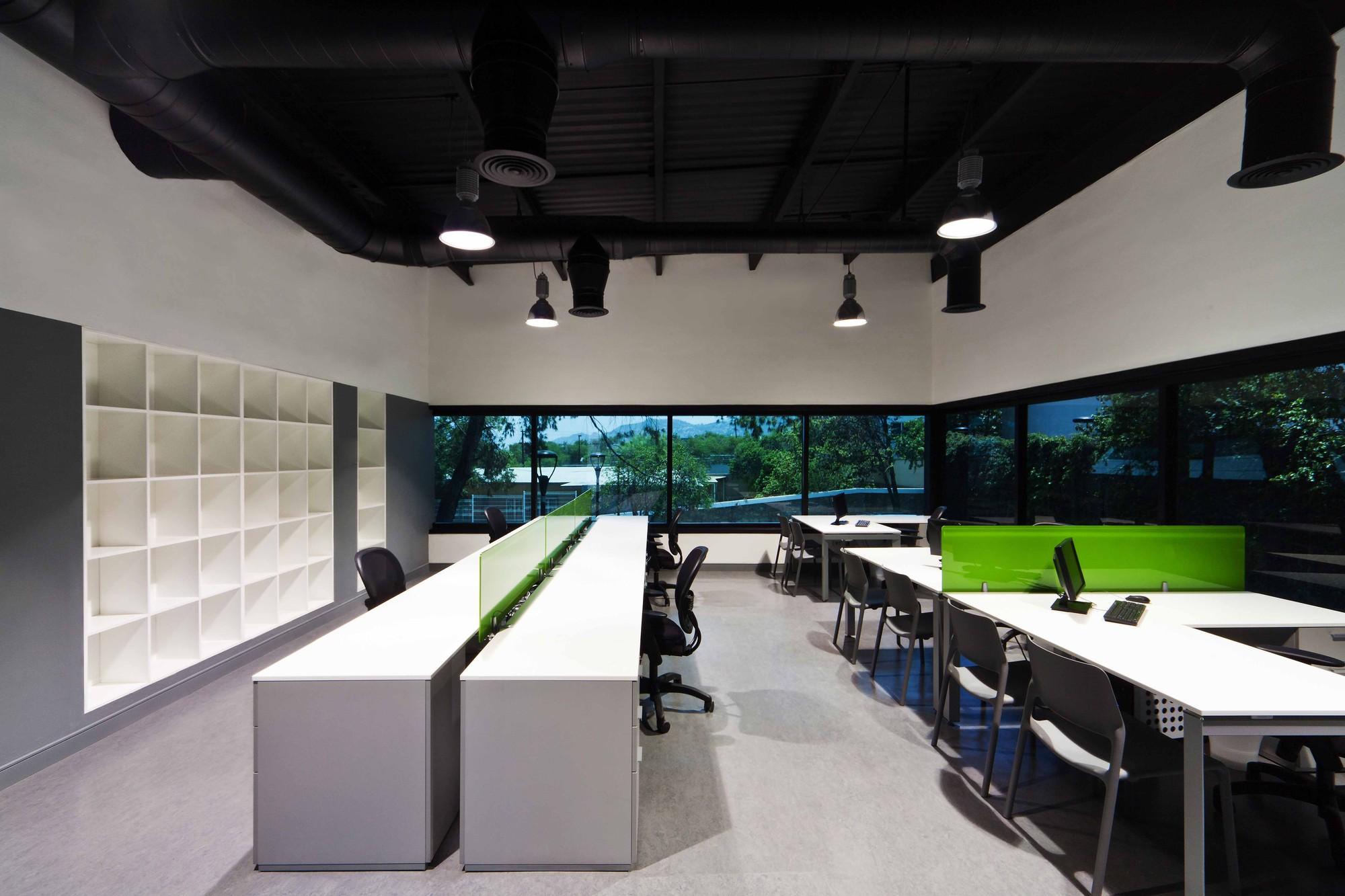 Edificio de oficinas total test aa c v arquitectos for Oficinas arquitectura