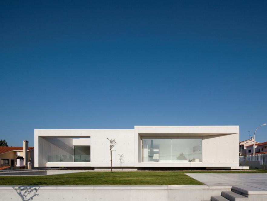 Casa en Leiria / ARX Portugal, © FG+SG – Fernando Guerra, Sergio Guerra