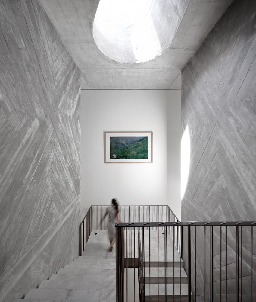 Casa de Cuento / Pedra Líquida