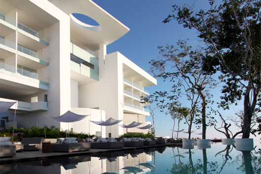 Hotel Encanto Acapulco / Miguel Ángel Aragonés, © Miguel Angel Aragones
